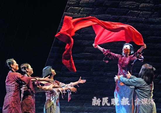 """歌剧届流量担当 京沪两代""""江姐""""国家大剧院唱起《红梅赞》"""
