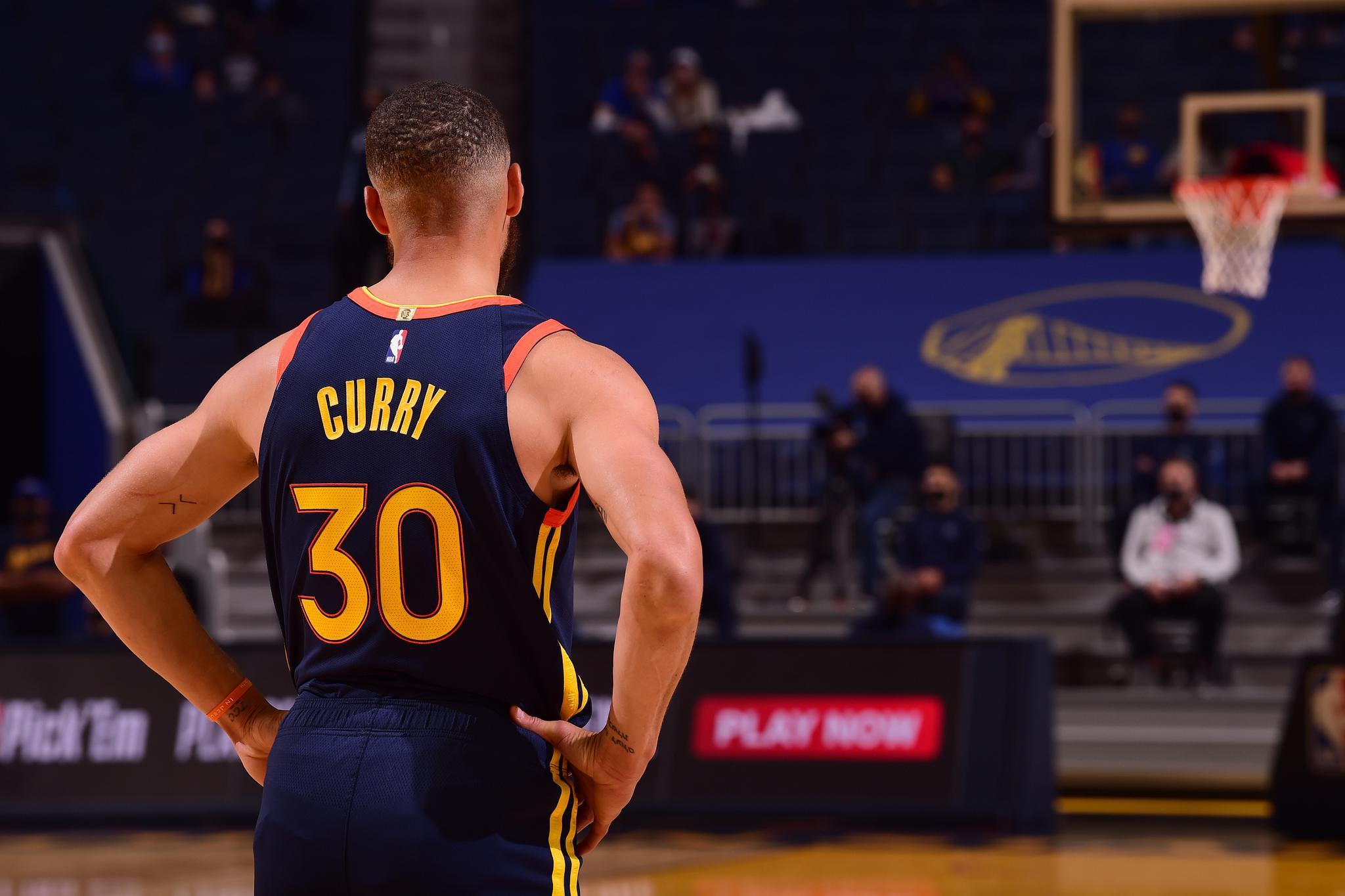 勇士无缘季后赛 但NBA应该感谢库里 他拯救了这个赛季