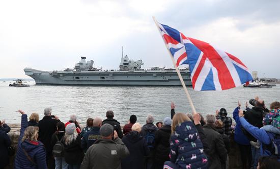 """英国航母海外首秀赴亚太 引发""""炮舰外交""""警惕"""
