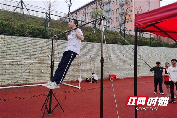 汝城职校:同心协力,助力初中学业水平体育考试圆满完成