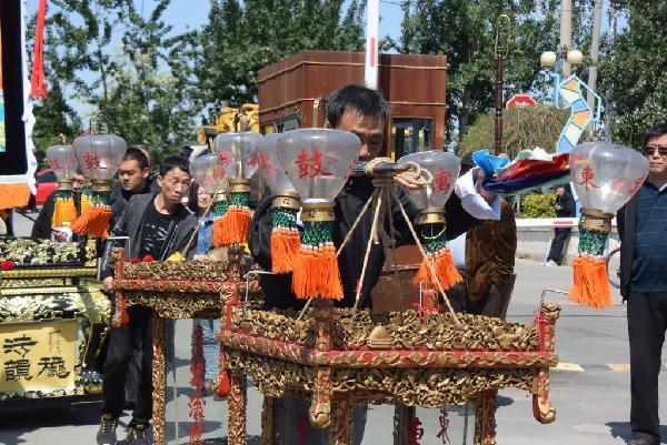天津民间传统花会展演在小淀国际当代艺术区举行