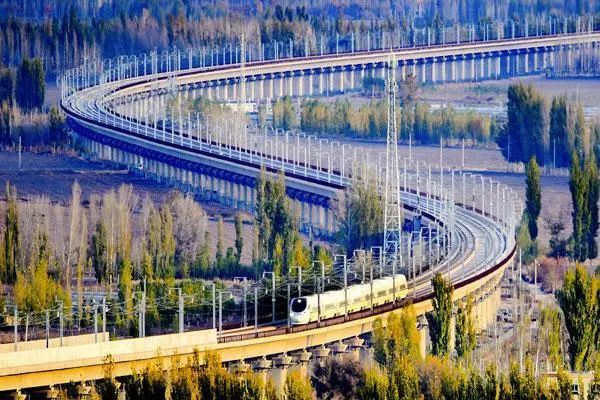 建设综合立体交通网要弥补五个短板
