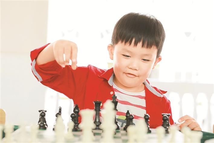 深圳龙岗国象文化周精彩不断 文体高地新IP惠及棋迷与青少年