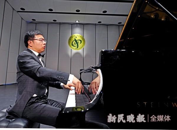 钢琴家金瀚文博士献演上海之春国际音乐节