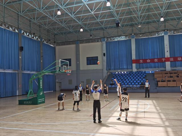 甘肃省青少年篮球锦标赛 兰州市篮球健儿喜创佳绩