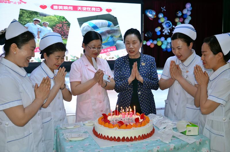 爱与责任同行 银川市妇幼保健院举办国际护士节活动