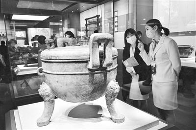 """6万余人五一假期""""打卡""""河南博物院"""