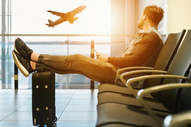美国境内旅游需求正在回升,国际旅行依然遥遥无期