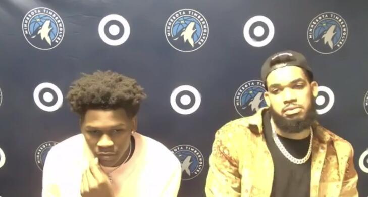 记者问唐斯和巴特勒互喷,爱德华兹接话:不喷就不是比赛