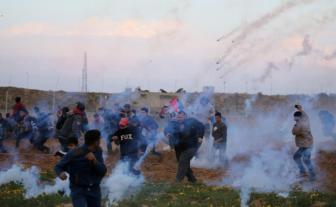 巴以在东耶路撒冷发生冲突 超180人受伤