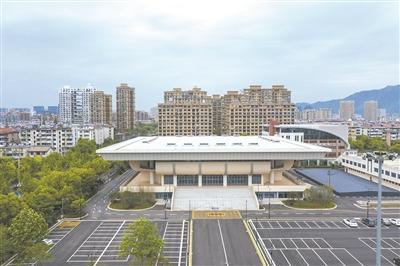 杭州富阳区体育中心体育馆全新亮相 将承办亚运会女篮小组赛
