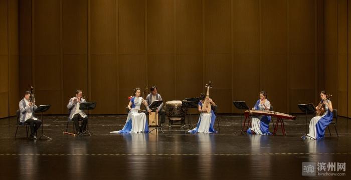 八骏室内乐团登台滨州保利大剧院献上国乐经典音乐会