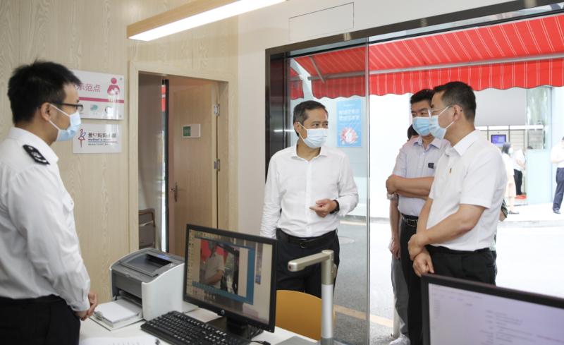 姚任:深挖政务服务潜力 持续优化营商环境