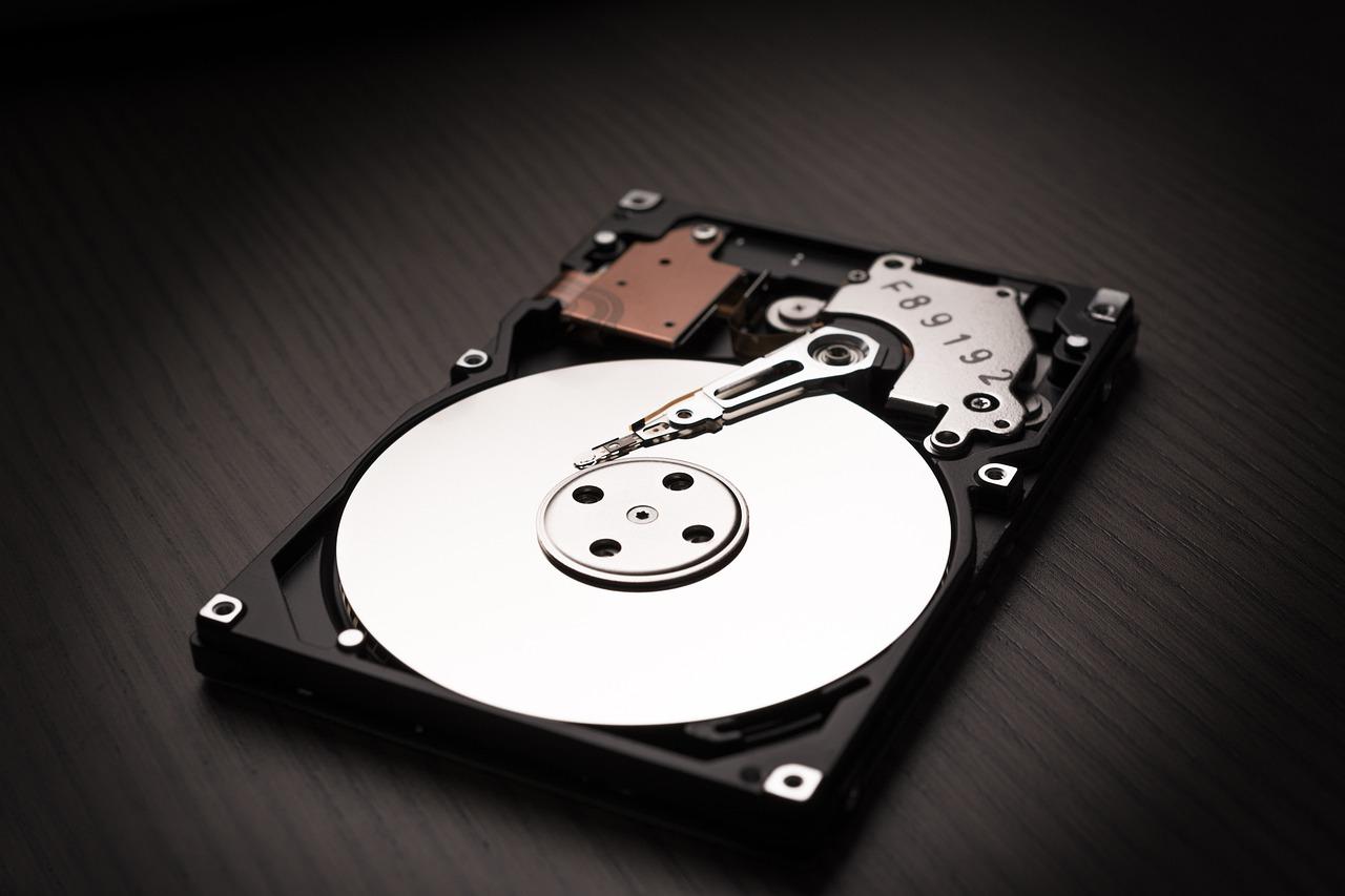 第一季度全球机械硬盘出货6400万块:希捷占四成