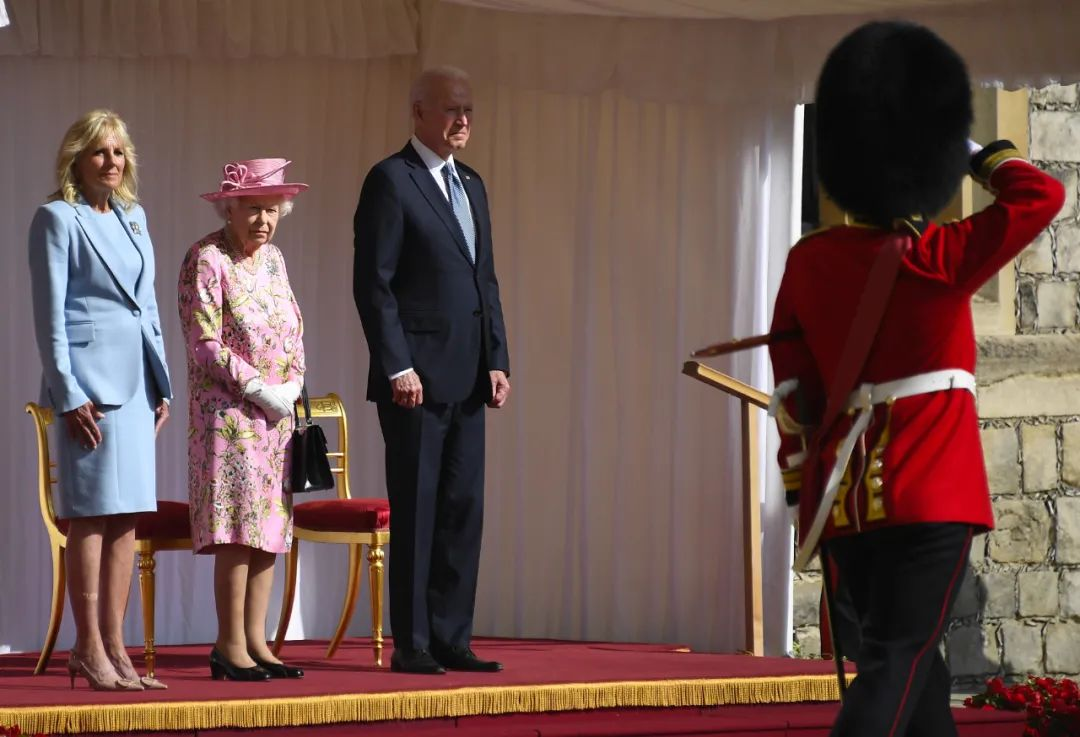 见完女王 拜登:她让我想起我妈