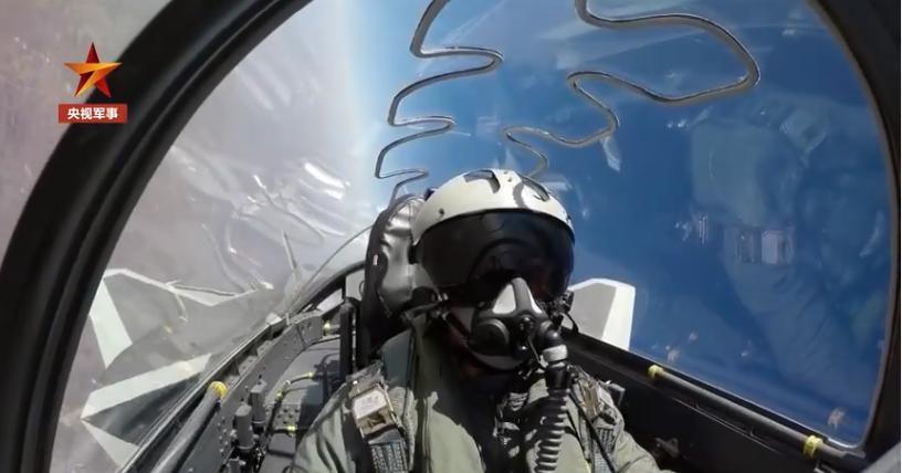 人民空军多支英雄部队列装歼-20战机!图片