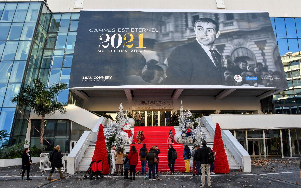戛纳电影节坚持线下办,但防疫政策恐成问题
