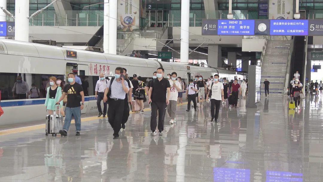 廈門火車站計劃加開11趟列車