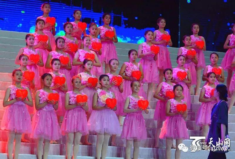 自治区庆祝中国共产党成立100周年文艺晚会《光辉历程》6月27日至29日演出