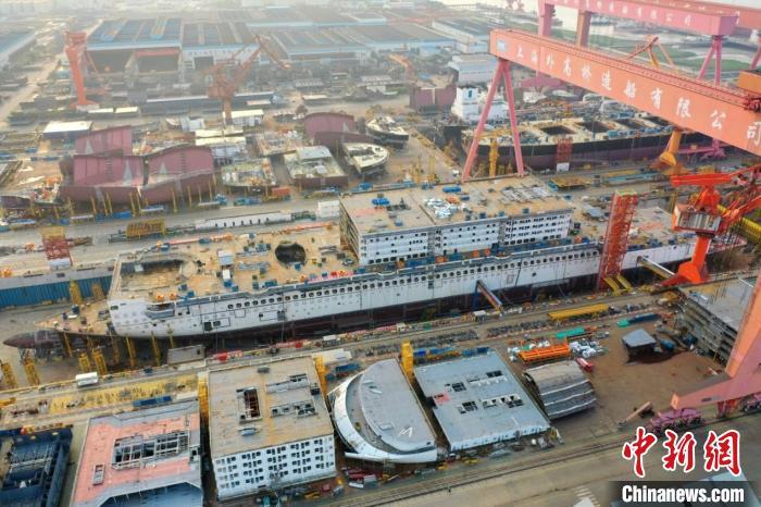 中国首制大型邮轮工程总进度近40%