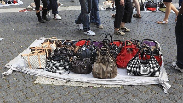 中国二手奢侈品行业巨变前夕:假货横行 但爆发增长 资本疯狂