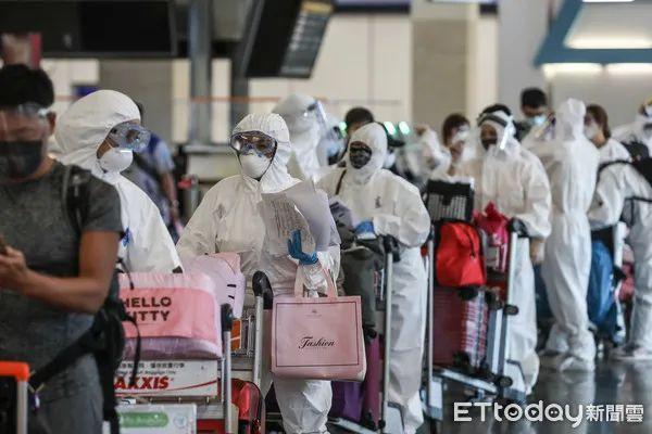 台湾机场一幕:很多人赴大陆打疫苗
