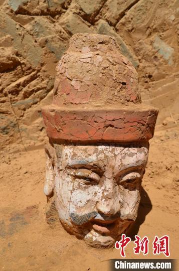 陕西发现保存原貌的明代长城城堡 存大批建筑遗迹