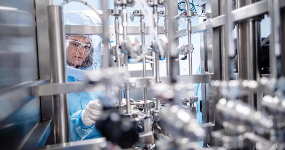 中国已成新冠疫苗第一大生产国,欧洲想赶超