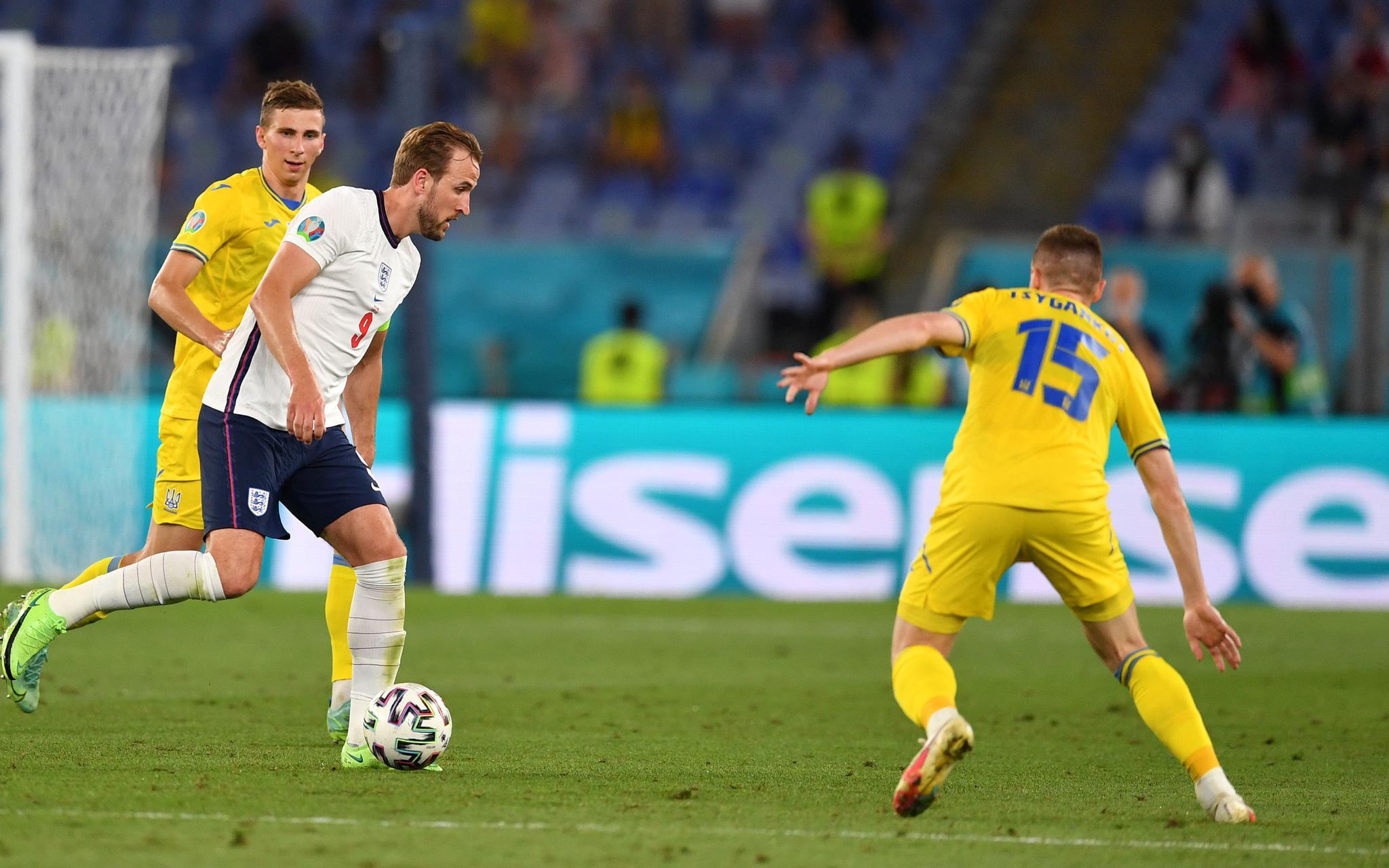 欧洲杯4强:英意夺冠呼声最高,丹麦渴望再写童话