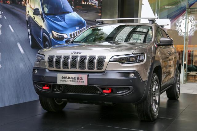 解析|不止外观的升级 实拍全新Jeep自由光
