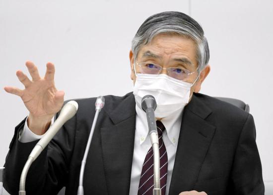 日本央行行长:日元疲软有利于日本经济