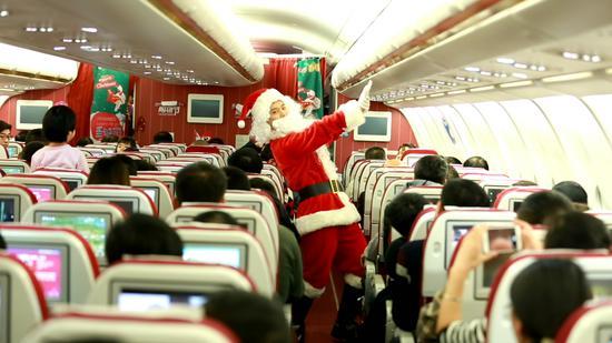 圣诞老人也在飞机上