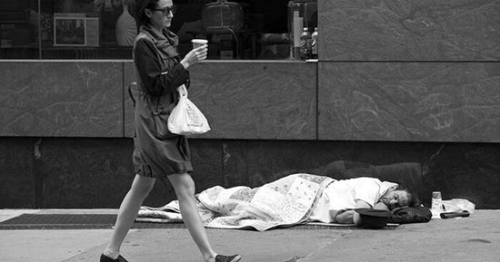 """无家可归者超55万 台媒盘点美国十大""""游民城市"""""""