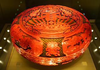 生于八千年前 始终时尚的中国漆器