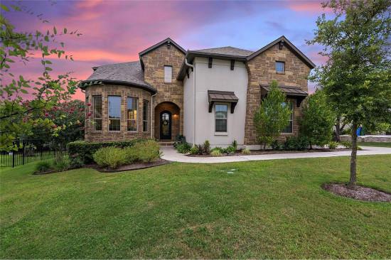 美国德克萨斯州奥斯汀近特拉维斯湖美景豪宅,设施齐全,5房5卫 | 售价92.5万美元