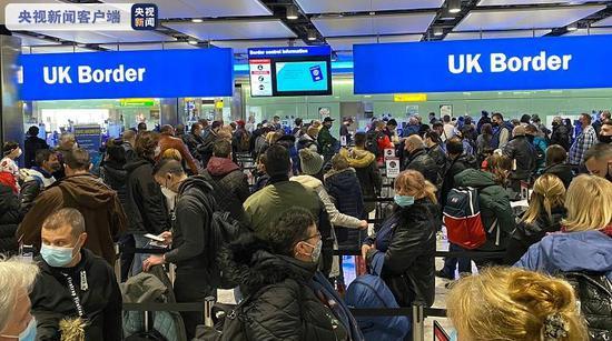 英伦敦希斯罗机场边检乘客聚集 恐引发病毒大肆传播