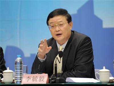 川媒:足协副主席李毓毅赴四川调研,将与川足会面