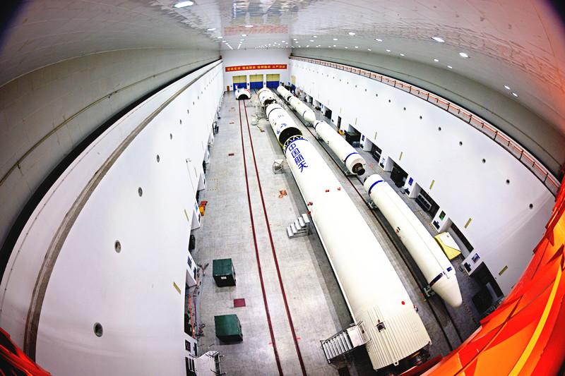 """25年100次发射背后的N个""""第一""""  ——细数长征三号甲系列运载火箭历史上的新技术应用"""