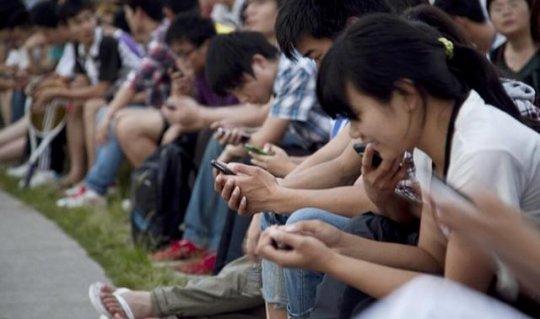 """世界卫生组织称""""游戏成瘾是病"""",玩家:玩游"""