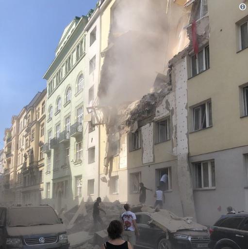 维也纳疑似发生瓦斯爆炸:部分建筑倒塌 数人受伤