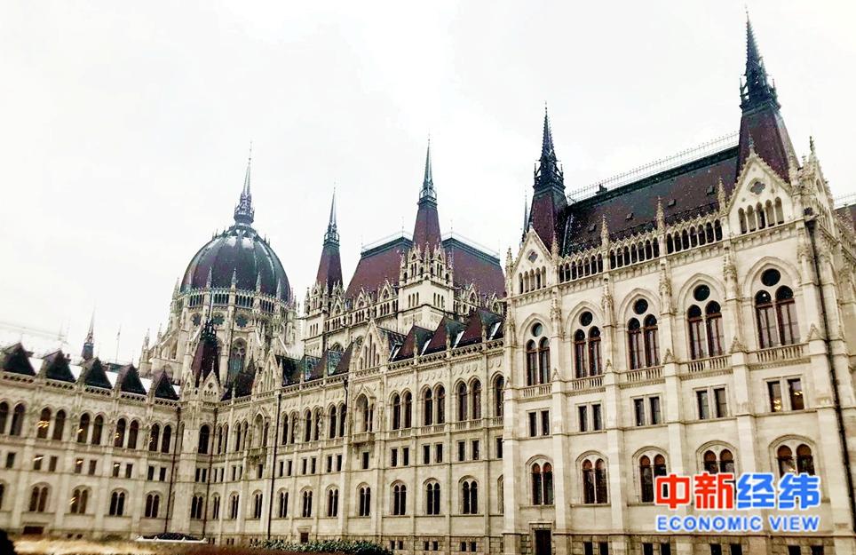 资料图:匈牙利首都布达佩斯的一处建筑。中新经纬 李绍晨 摄