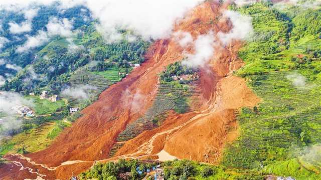 贵州水城县发生山体滑坡