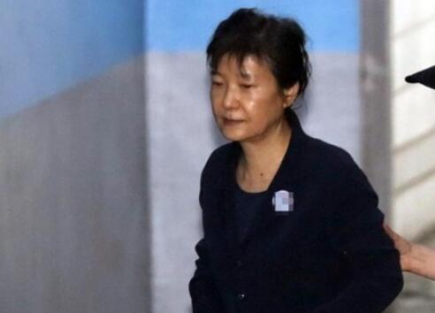 朴槿惠国情院受贿案二审宣判:获刑5年 追缴27亿韩元