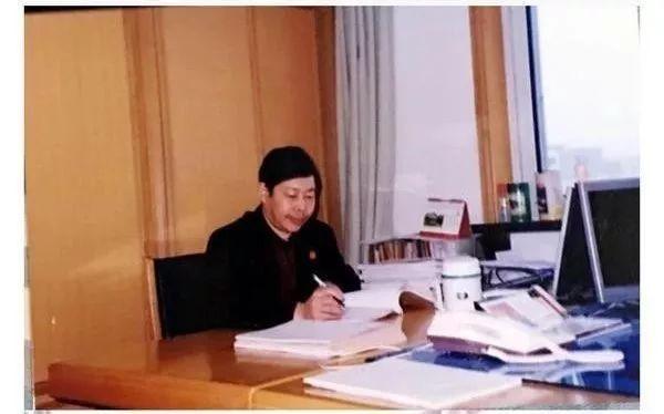 李庆军工作照(河南省人民法院供图)