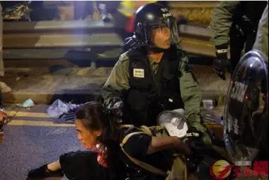 央视:惩治暴力 恢复香港法治秩序刻不容缓|暴力