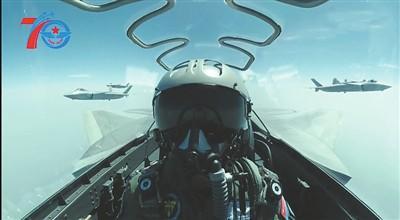 中国空军八一发布超燃宣传片 这一画面首次公开|空军|编队飞行