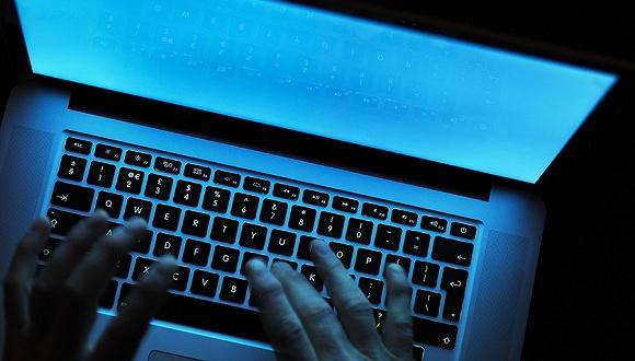 互联网的最暗层:8Chan,卷入三起仇恨枪击案的论坛