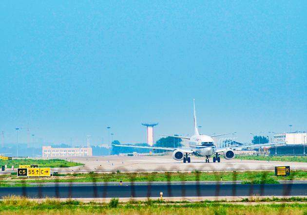 国泰航空转型步入尾声 上半年盈利坦言经营环境转差