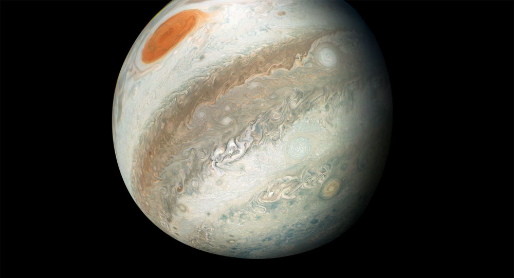 一颗大彗星撞击木星发生大爆炸,观测者拍摄到闪光