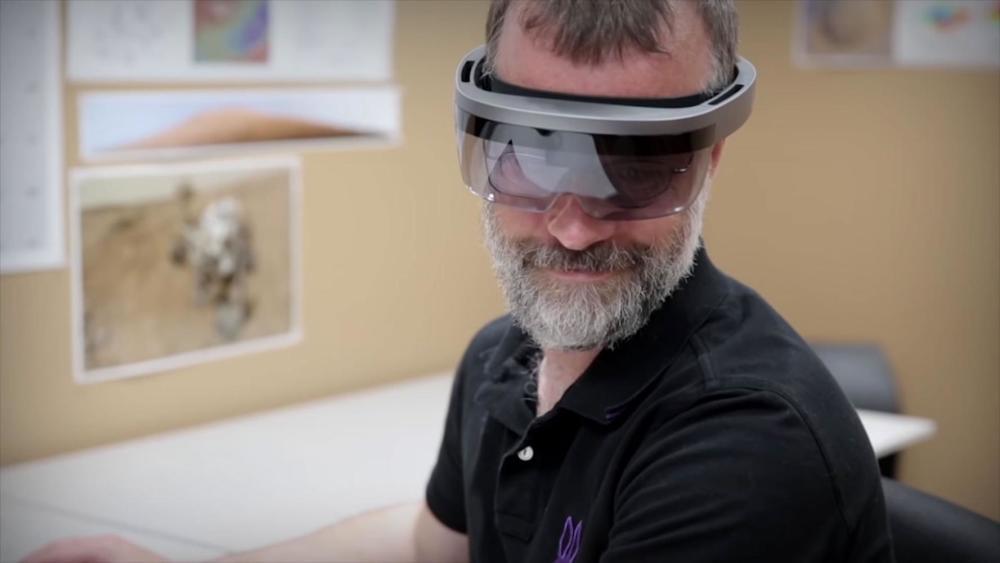 美国航空航天局可能体验了下一代的hololens全息眼镜